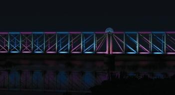 Kunstbelysning på den blå bro